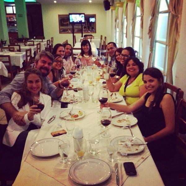 Invitados al 1°er Festival Gastronómico Peruano brindando por los gratos momentos