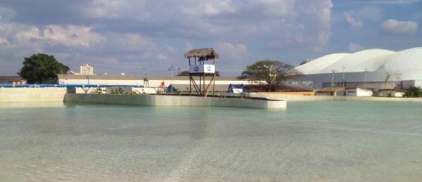 Barquisimeto inaugura la primera playa artificial de Venezuela para beneplácito de los larenses.