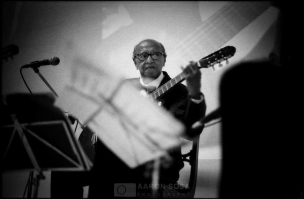 009-Alirio-Diaz-Guitarrista-Venezolano