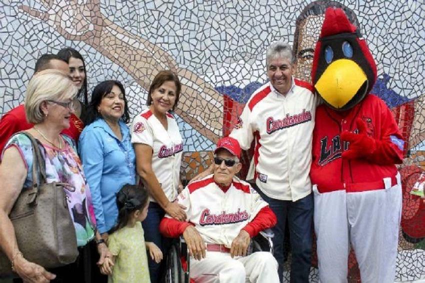 Alcalde con Domingo Carrasquel