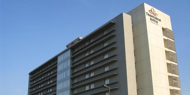 Hotel Trinitarias Suites décimo aniversario